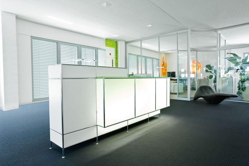 Möbel für Warte- und Empfangsbereich - Büroplan Zittau